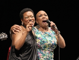Dee Dee Bridgewater & China show in Ravenna